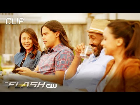 The Flash | Season 6 Episode 1 | Into The Void Scene | The CW – YouTube