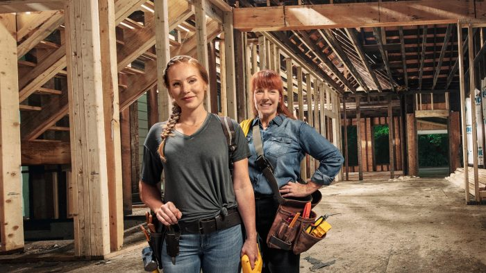 WATCH Good Bones Season 5 Episode 1 (Risky Reno with Historic Charm) Online Free | Emploi Quotid ...